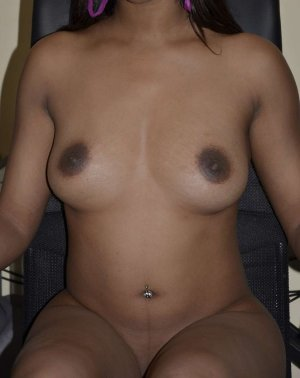 Gwendolynn escort girl in Marion, OH